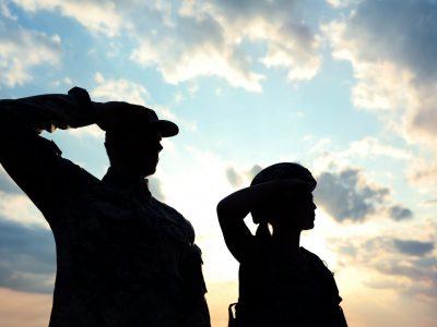 нужно ли ставить иностранного сотрудника на воинский учет