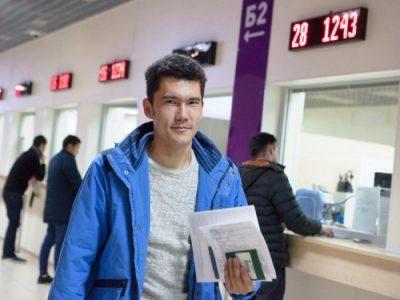 Мигранты в России требуют отменить оплату патентов на работу из-за коронавируса